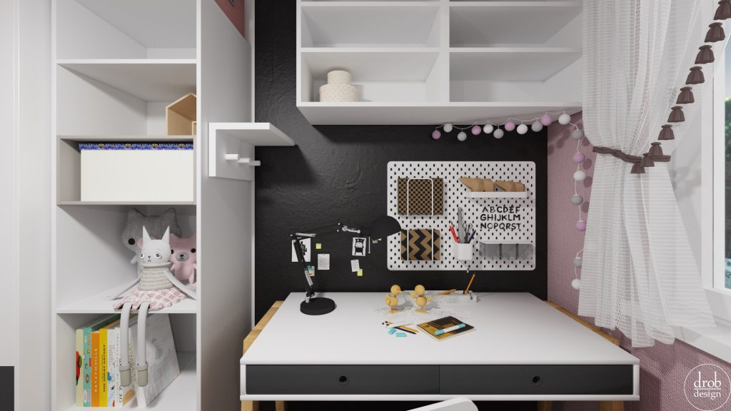 Pokój Julki - widok na biurko